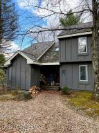 25 Snow Shoe, Lake Harmony, PA 18624