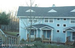 120 Huntington Dr, East Stroudsburg, PA 18302
