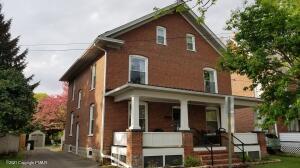 854 Thomas St, Stroudsburg, PA 18360
