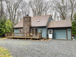 944 Old Stage Road, Albrightsville, PA 18210