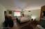 1407 Astolat Rd, Effort, PA 18330