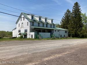 700 Crosstown Hwy, Poyntelle, PA 18454