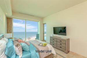 Tessoro Model - Master Bedroom