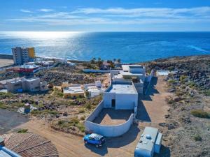 Stunning Panoramic Views. #puertopenascohomes #rockypointhomes #playa #mar #whalehill #luxury #homes #waterfront #views #ocean