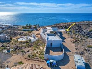 WOW VIEWS Cliffside Whale Hill Lot. Rocky Point properties
