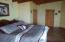 Kingsize bedrooms