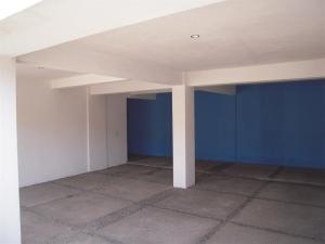 Nancy Valiente - Townhouse Parking (1)
