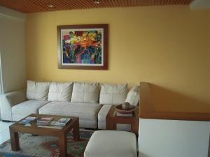 Nancy Valiente - Townhouse Living (1)