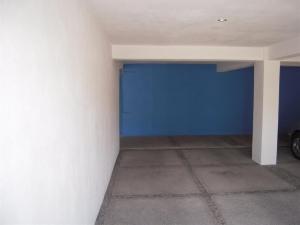 Nancy Valiente - Townhouse Parking (2)