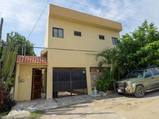 La Cruz de Huanacaxtle, 6 Bedrooms Bedrooms, ,7.5 BathroomsBathrooms,House,For Sale,Albatros,7998