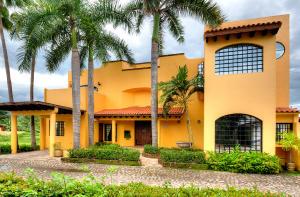 120 Callejon del Limon 12, Casa Las Cascadas, Puerto Vallarta, JA