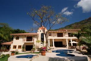 S/N Sierra Escondida, Villa Tesoro del Mar, Puerto Vallarta, JA