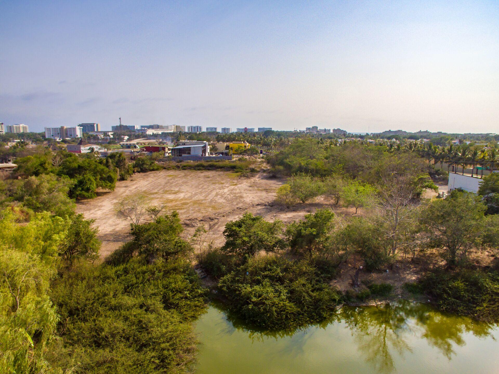Lote La Laguna