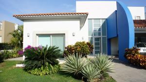 71 Mariposas 71, Casa Mariposas, Riviera Nayarit, NA