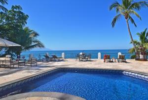 1 Sagitario, Beachfront Villa