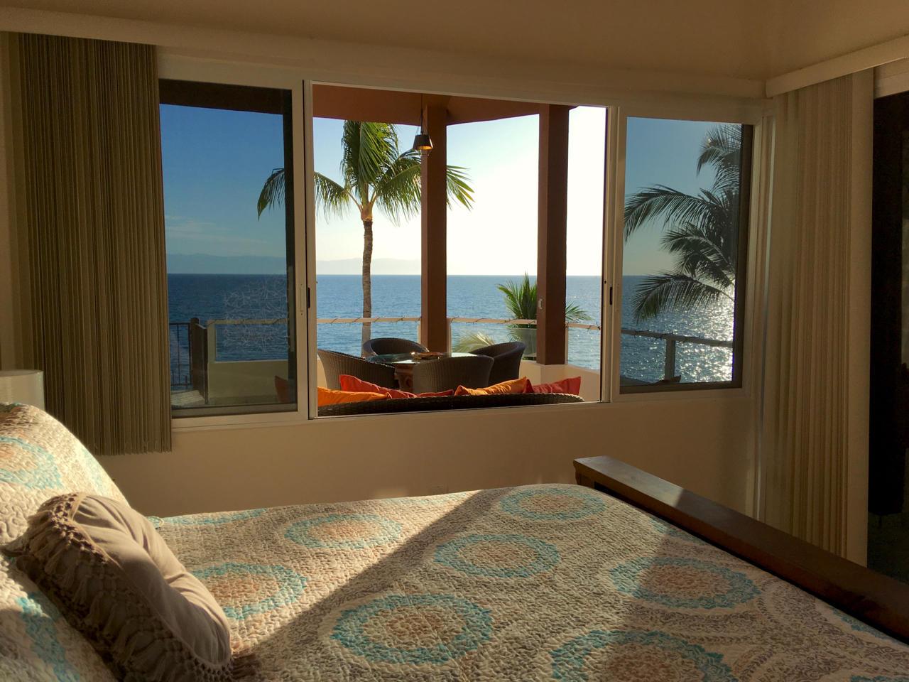 Coral Beach 401