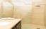 Tercer Baño / Third Bathroom