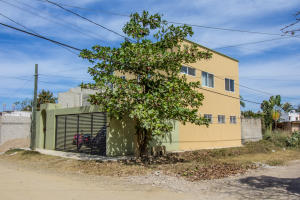 243 Mario Moreno Calle, Casa Torres, Puerto Vallarta, JA