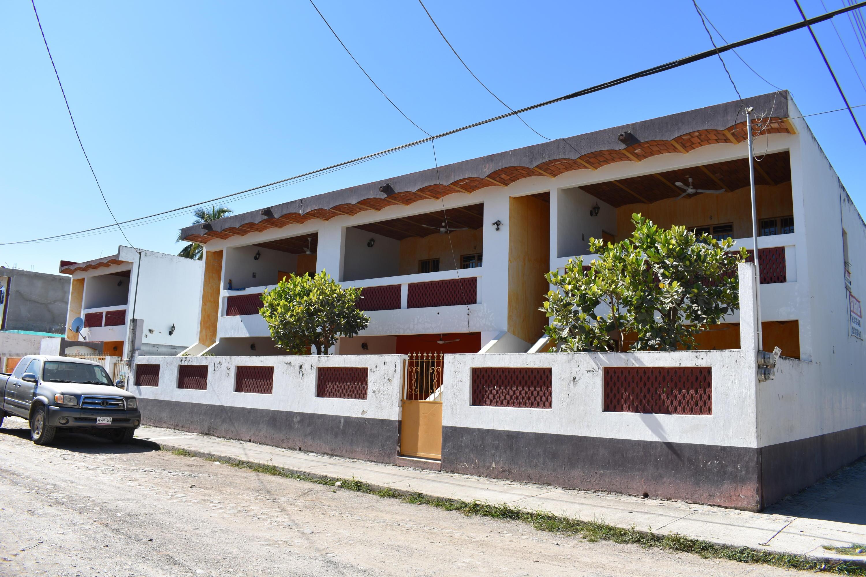 BUNGALOWS La Peñita