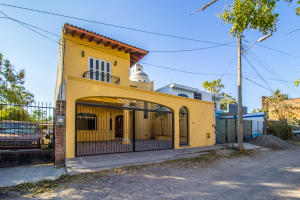 174 Josefa Ortiz de Dominguez, Casa Independencia Moderna, Puerto Vallarta, JA