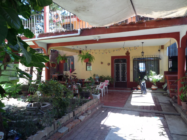 Casa Pera
