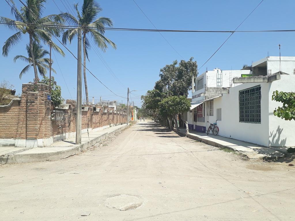Macrolote Ixtapa 2