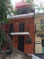 164 Jacarandas, Casa Kendall