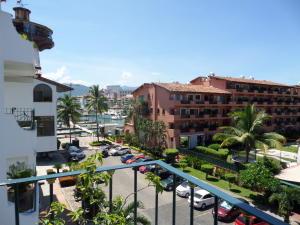 245 Paseo de la Marina 2404, Royal Pacific Yacht Club, Puerto Vallarta, JA
