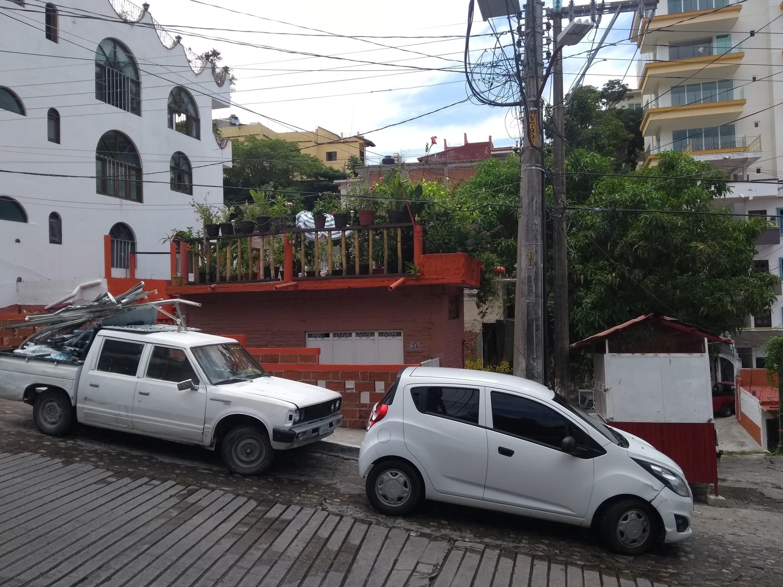 Lot Jacarandas