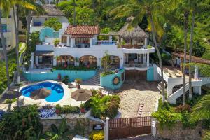 Casa Campana Front View