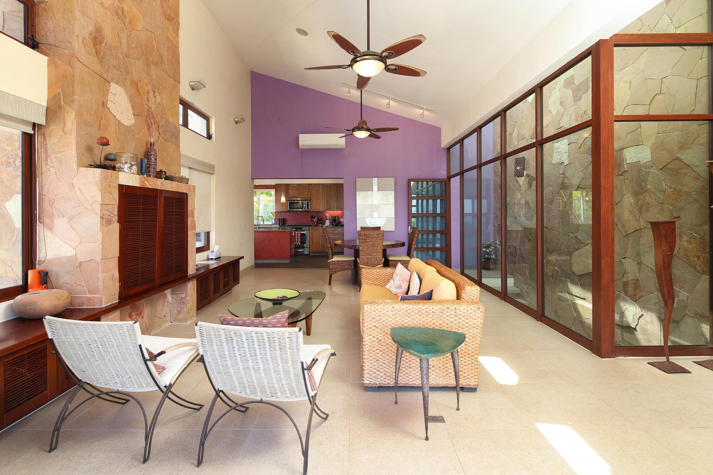 Litibu, 5 Bedrooms Bedrooms, ,3.5 BathroomsBathrooms,House,For Sale,Calle Manuel Martinez,13709
