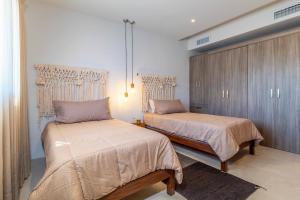 PVRPV - 10 Bedroom