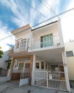 122 Calle Analco, Casa Barrio de Sta. Maria, Puerto Vallarta, JA