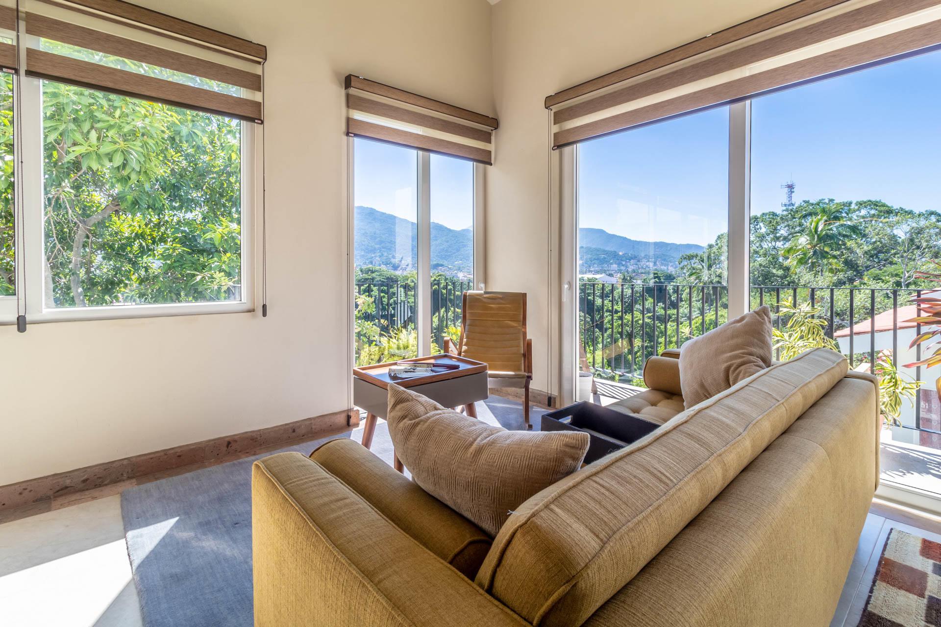 Palm Springs 353 606