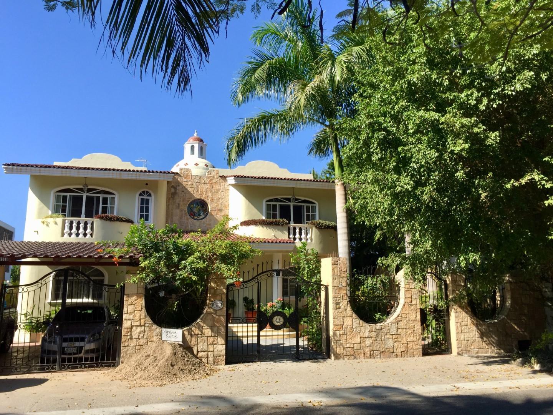 Casa las Iguanas