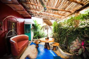 10 Calle Pakistan, Casa Happy Sol