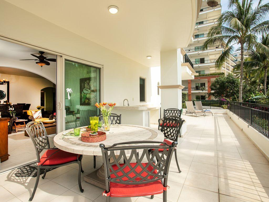 Playa Royale Residences 101