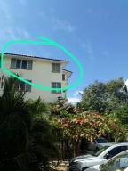 Vista exterior del departamento edificio 6-H-405 en Villas Rio II.