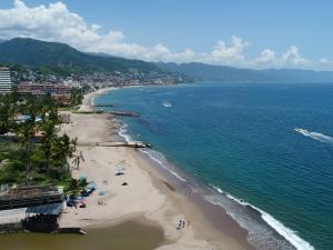 171 Febronio Uribe 171 8001, Harbor 171