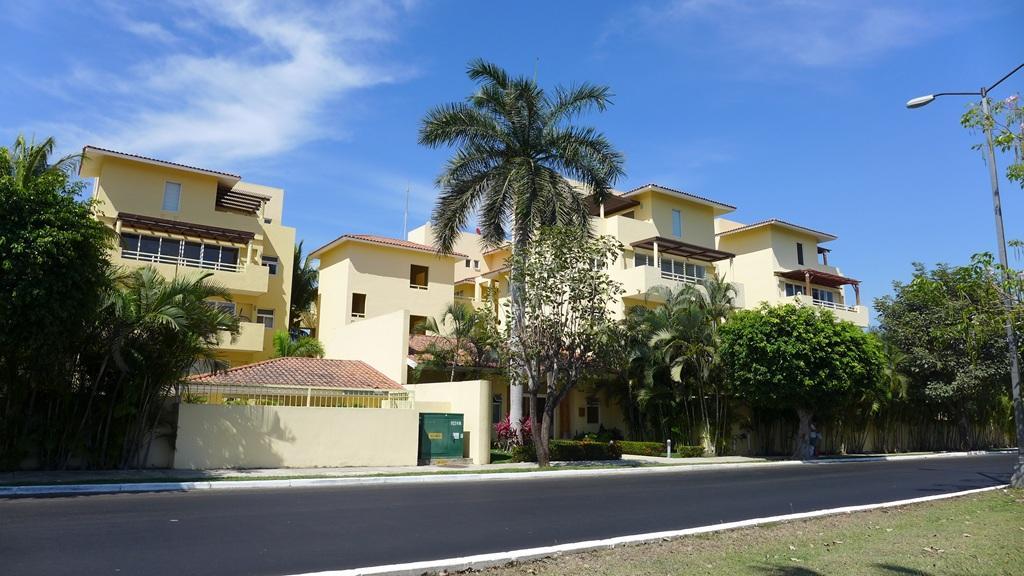 Condominio Santa Fe 303
