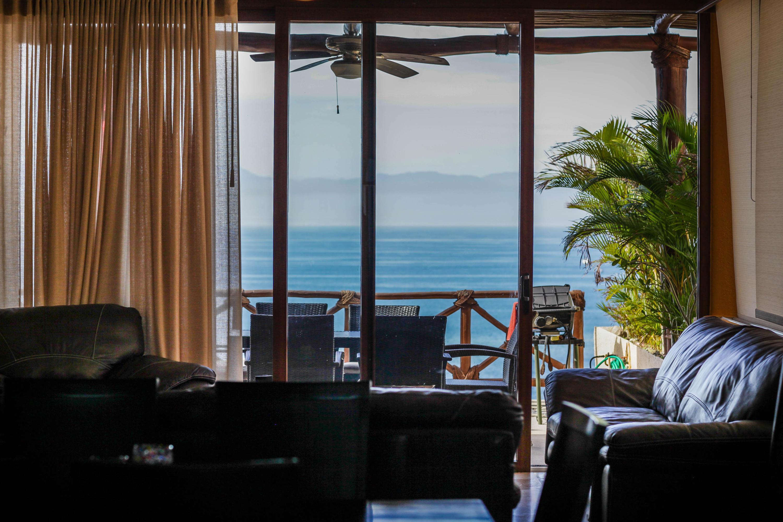 Punta Esmeralda, 3 Bedrooms Bedrooms, ,3 BathroomsBathrooms,Condo,For Sale,La Carretera Tepic-Puerto Vall,15586