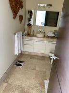 PVRPV - 2nd Bathroom