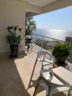 PVRPV - View Balcony