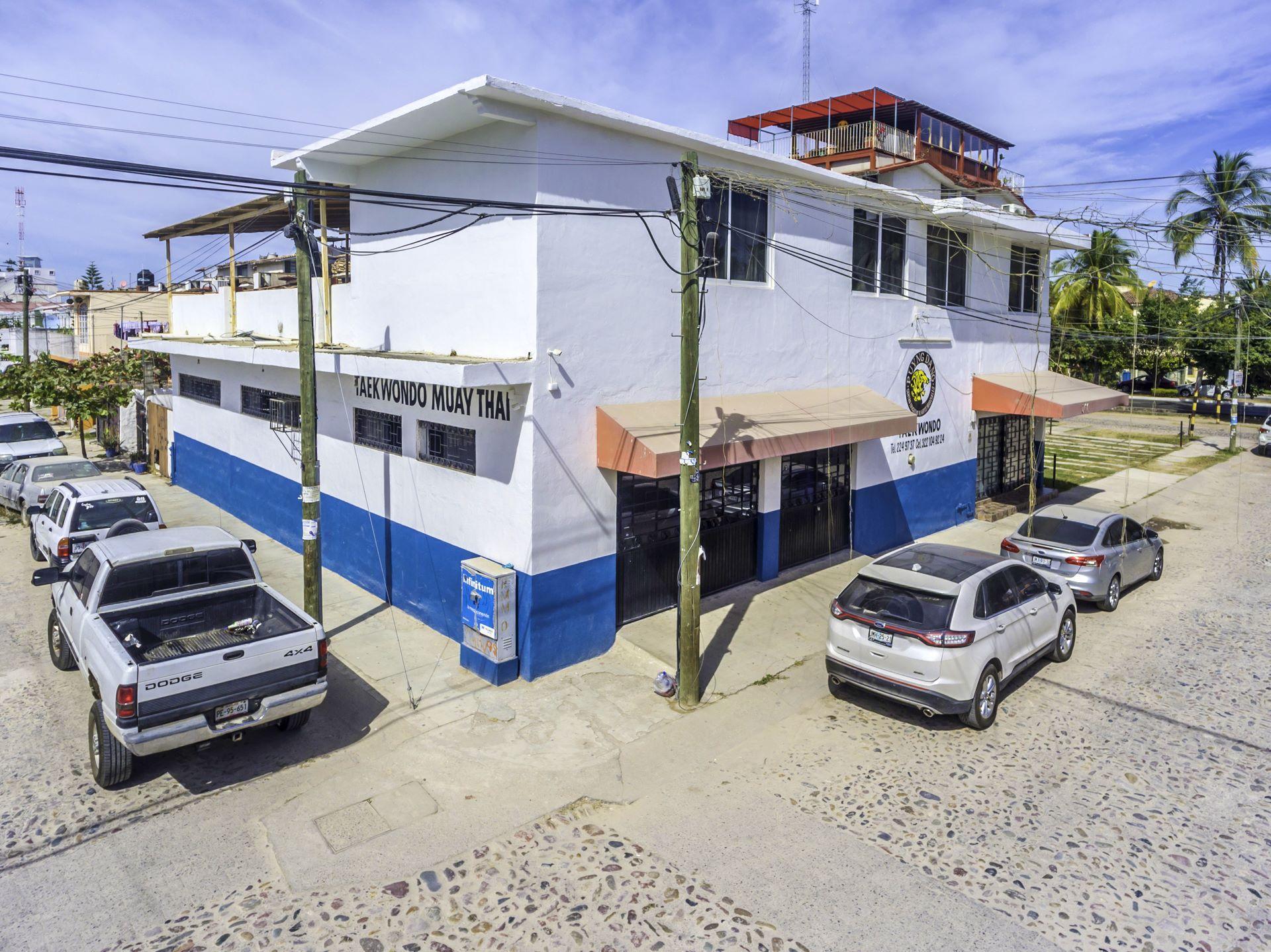 Building Palmar de Aramara
