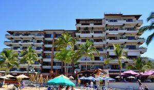 246 Olas Altas 205, Plaza Dorada, Puerto Vallarta, JA