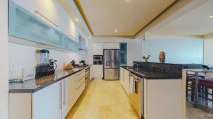 PVRPV - Kitchen