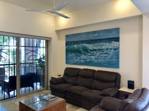 PVRPV - livingroom b