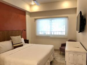 PVRPV - master bedroom b