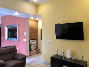 PVRPV - livingroom c