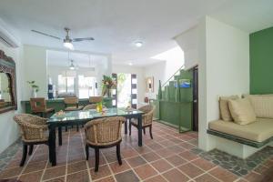 Dining room looking towards main entrance